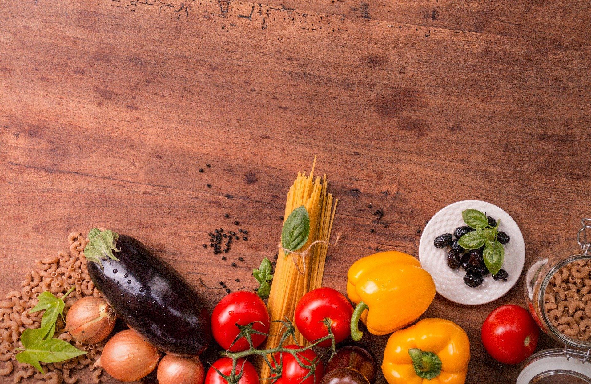 Le specie della tradizione mediterranea alimentari, medicinali e tossiche, e le specie per la fitodepurazione come risorsa per l'uomo e l'ambiente